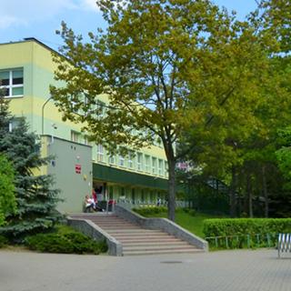 budynek szkoły 321